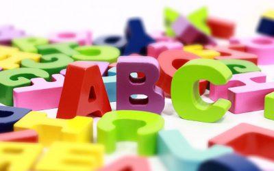 Språket med de 23 konsonanterna i alfabetet