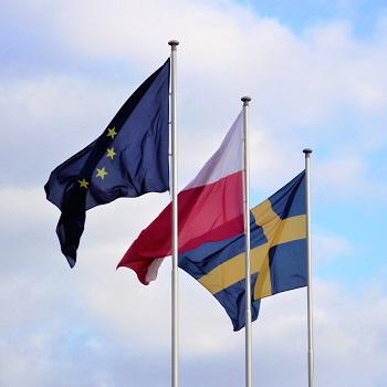 polen-sverige-flagga